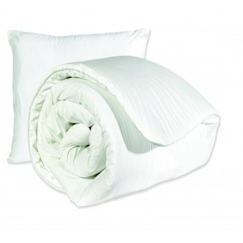 Kylie® Waterproof Wipe Clean Double Duvet